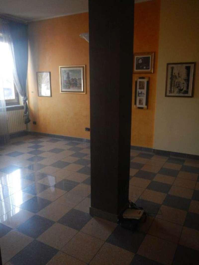 Bilocale Torino Via Cibrario 6