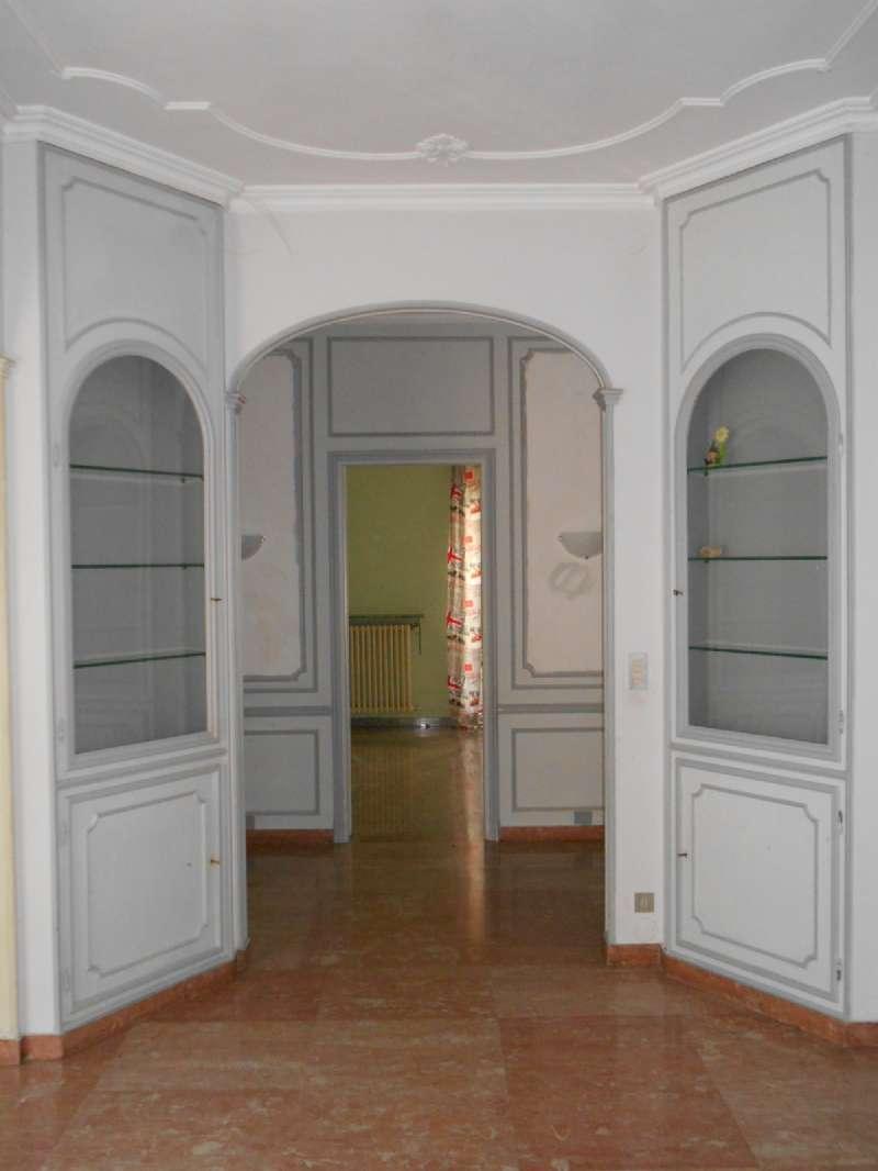Foto 1 di Trilocale via PAOLO SARPI 68, Torino (zona Santa Rita)