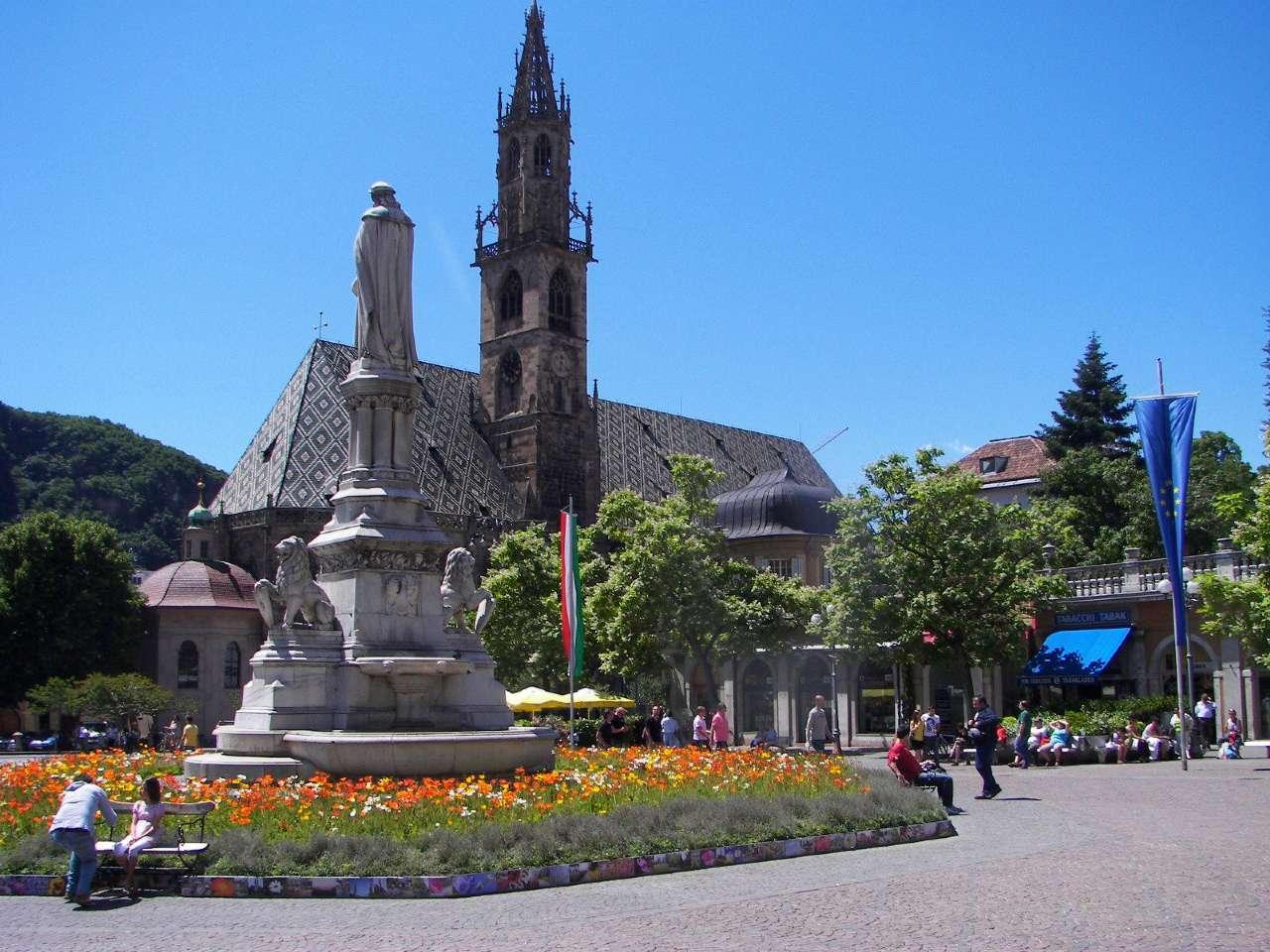Negozio-locale in Vendita a Bolzano: 3 locali, 110 mq