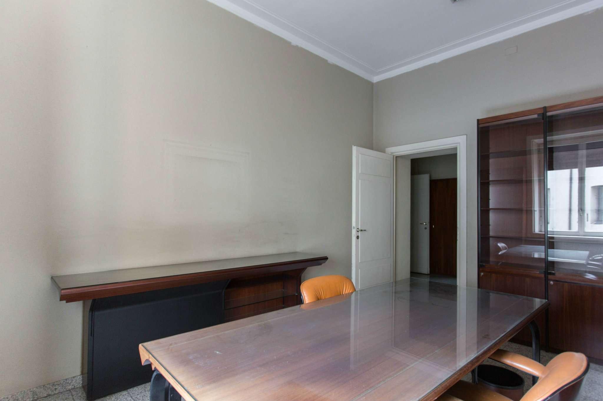 Appartamento in Vendita a Milano 01 Centro storico (Cerchia dei Navigli): 4 locali, 125 mq