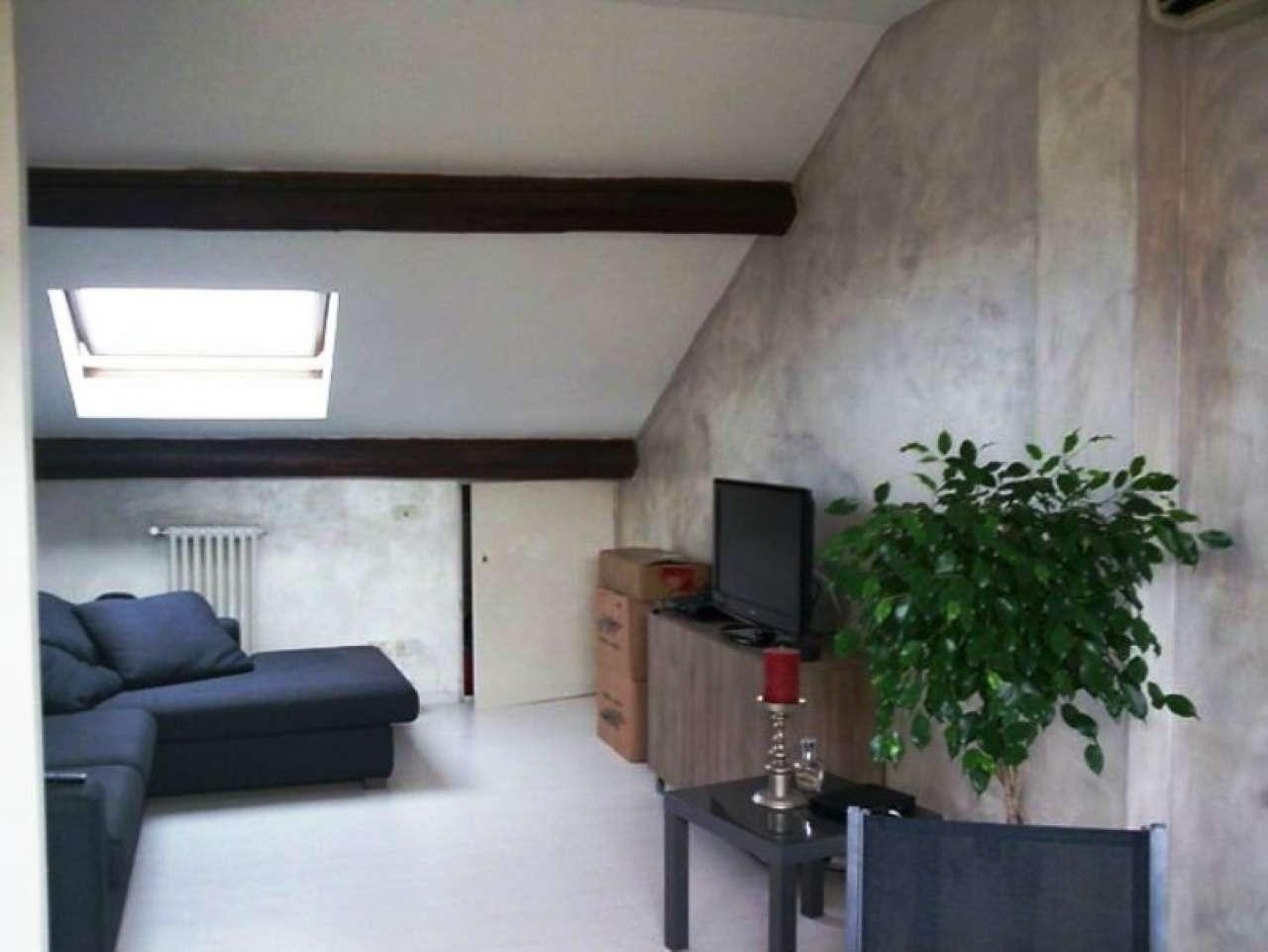 Appartamento in Affitto a Milano 17 Marghera / Wagner / Fiera:  2 locali, 75 mq  - Foto 1