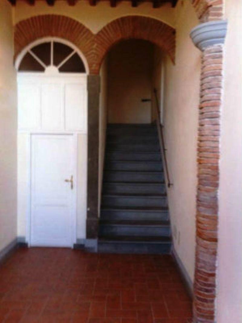 Bilocale Livorno Via Piazza Mazzini 8