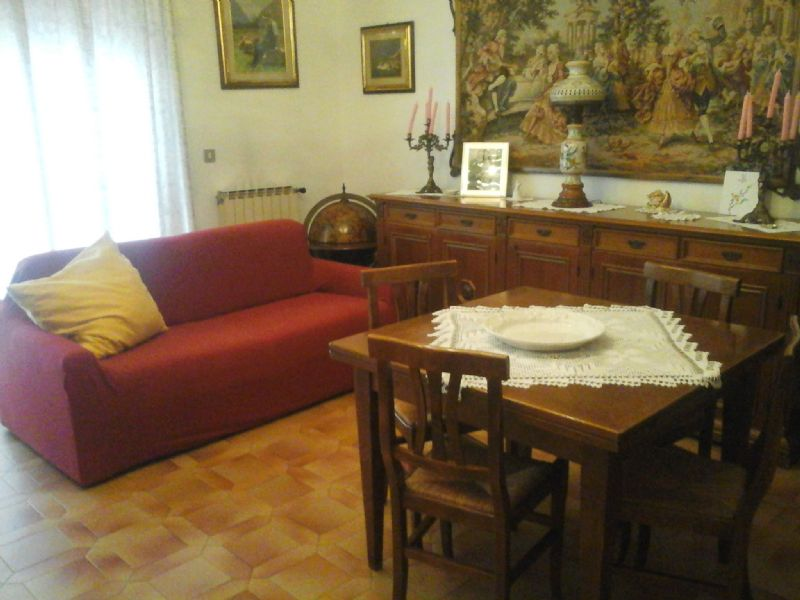 Soluzione Indipendente in vendita a Livorno, 5 locali, prezzo € 220.000 | Cambio Casa.it