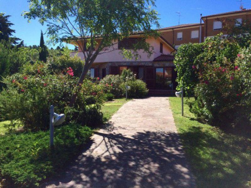 Villa in vendita a Livorno, 7 locali, prezzo € 580.000 | Cambio Casa.it