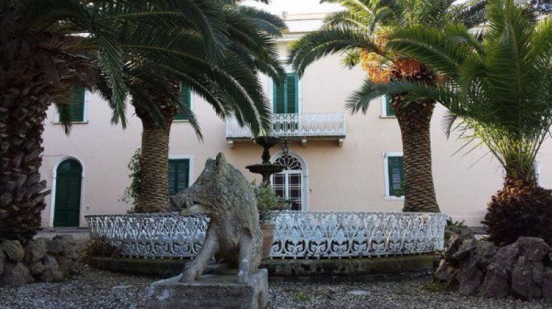 Villa in vendita a Livorno, 9999 locali, prezzo € 3.850.000 | Cambio Casa.it