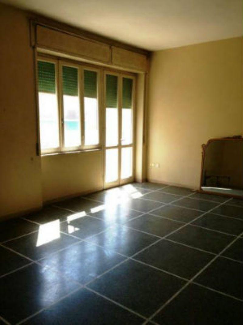 Appartamento in vendita a Livorno, 5 locali, prezzo € 260.000 | Cambio Casa.it