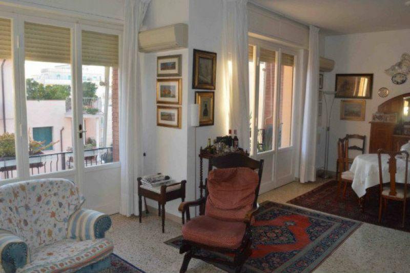 Appartamento in affitto a Livorno, 5 locali, prezzo € 750 | Cambio Casa.it