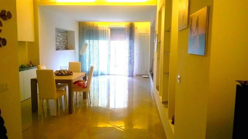 Appartamento in vendita a Livorno, 6 locali, prezzo € 299.000 | Cambio Casa.it