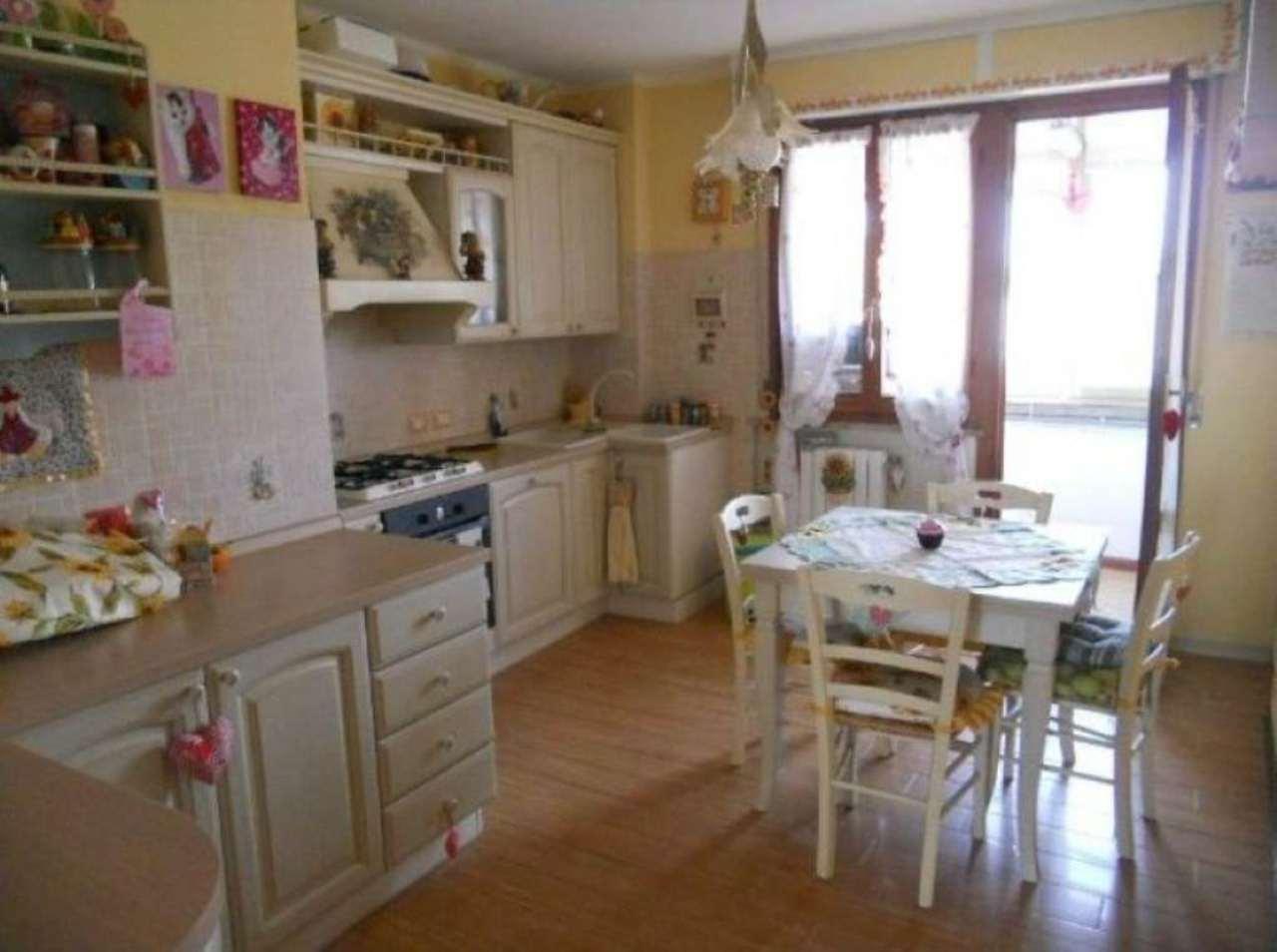 Appartamento in vendita a Livorno, 7 locali, prezzo € 284.000 | Cambio Casa.it