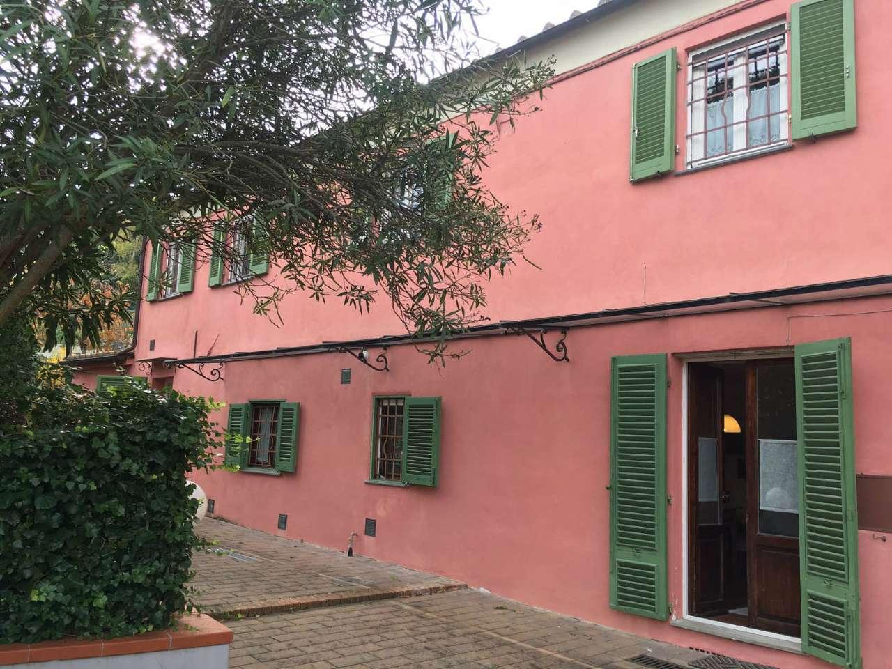 Appartamento in vendita a Livorno, 4 locali, prezzo € 110.000 | Cambio Casa.it