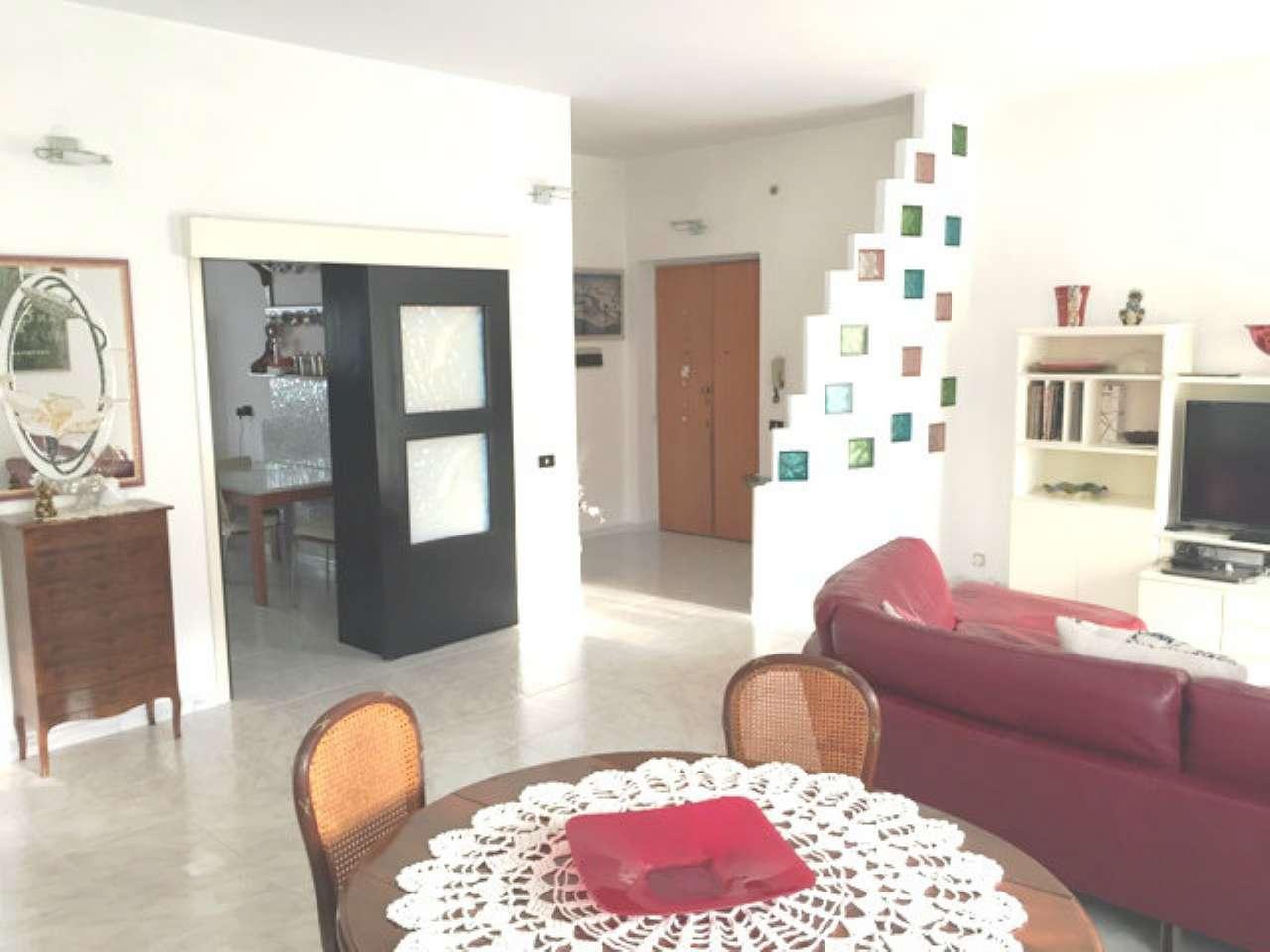 Appartamento in vendita a Livorno, 4 locali, prezzo € 268.000 | CambioCasa.it