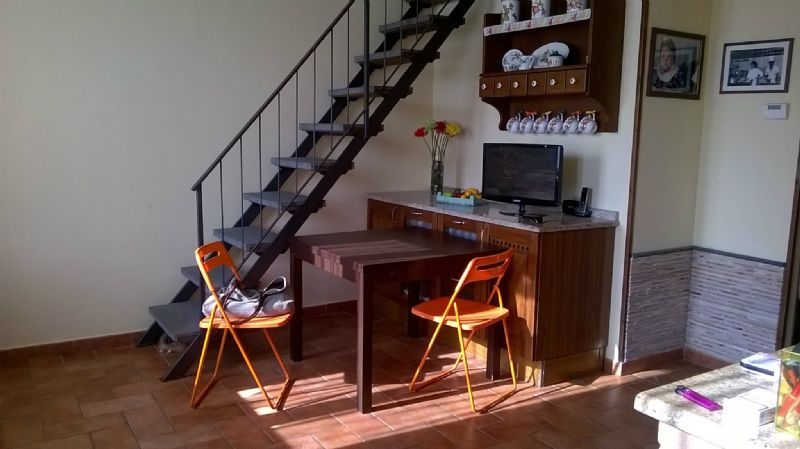 Appartamento in vendita a Livorno, 4 locali, prezzo € 125.000 | Cambio Casa.it