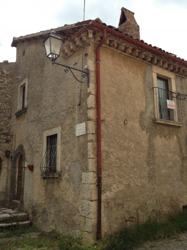 Rocca di Mezzo Vendita STABILE / PALAZZO Immagine 2