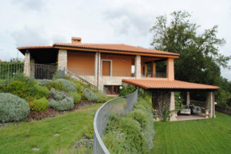 Villa in vendita a Fiumicino, 5 locali, prezzo € 535.000 | Cambiocasa.it