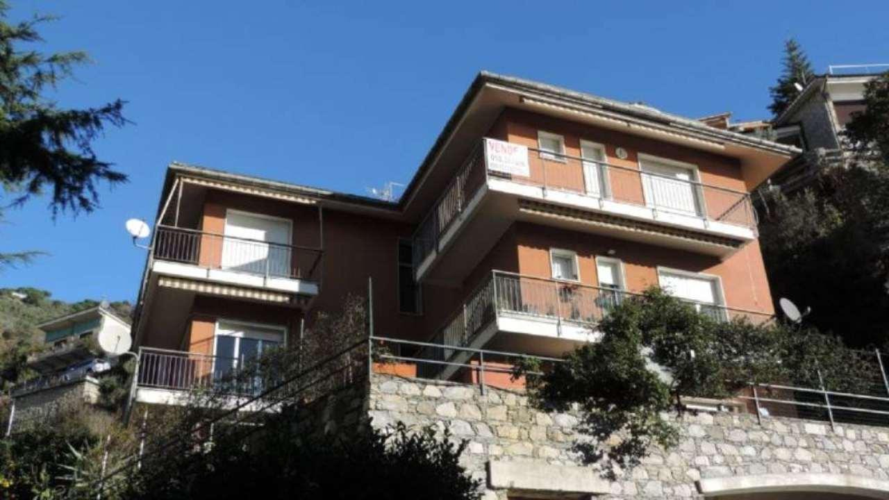 Appartamento in vendita a Pieve Ligure, 6 locali, prezzo € 290.000 | Cambio Casa.it