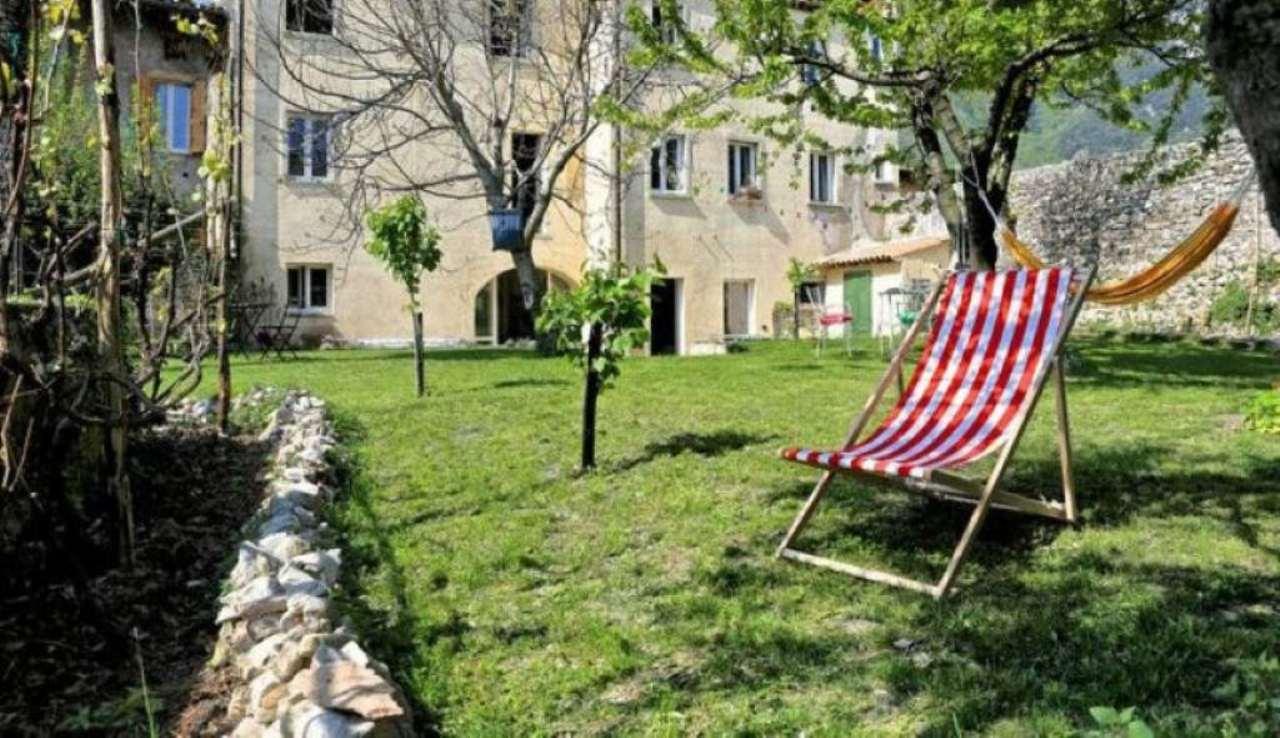 Soluzione Indipendente in vendita a Toscolano-Maderno, 9999 locali, prezzo € 850.000 | Cambio Casa.it