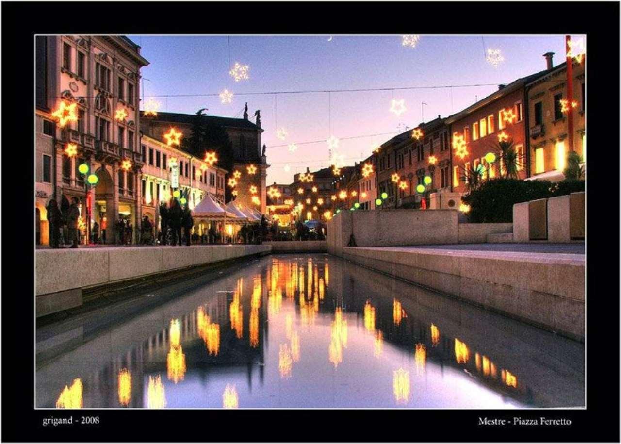 Negozio / Locale in affitto a Venezia, 9999 locali, zona Zona: 11 . Mestre, prezzo € 3.000 | CambioCasa.it