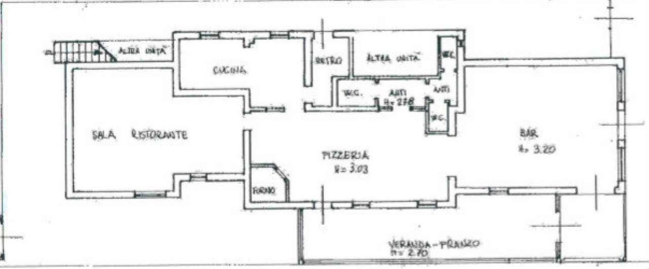 Negozio / Locale in affitto a Venezia, 9999 locali, zona Zona: 11 . Mestre, prezzo € 1.500 | Cambio Casa.it