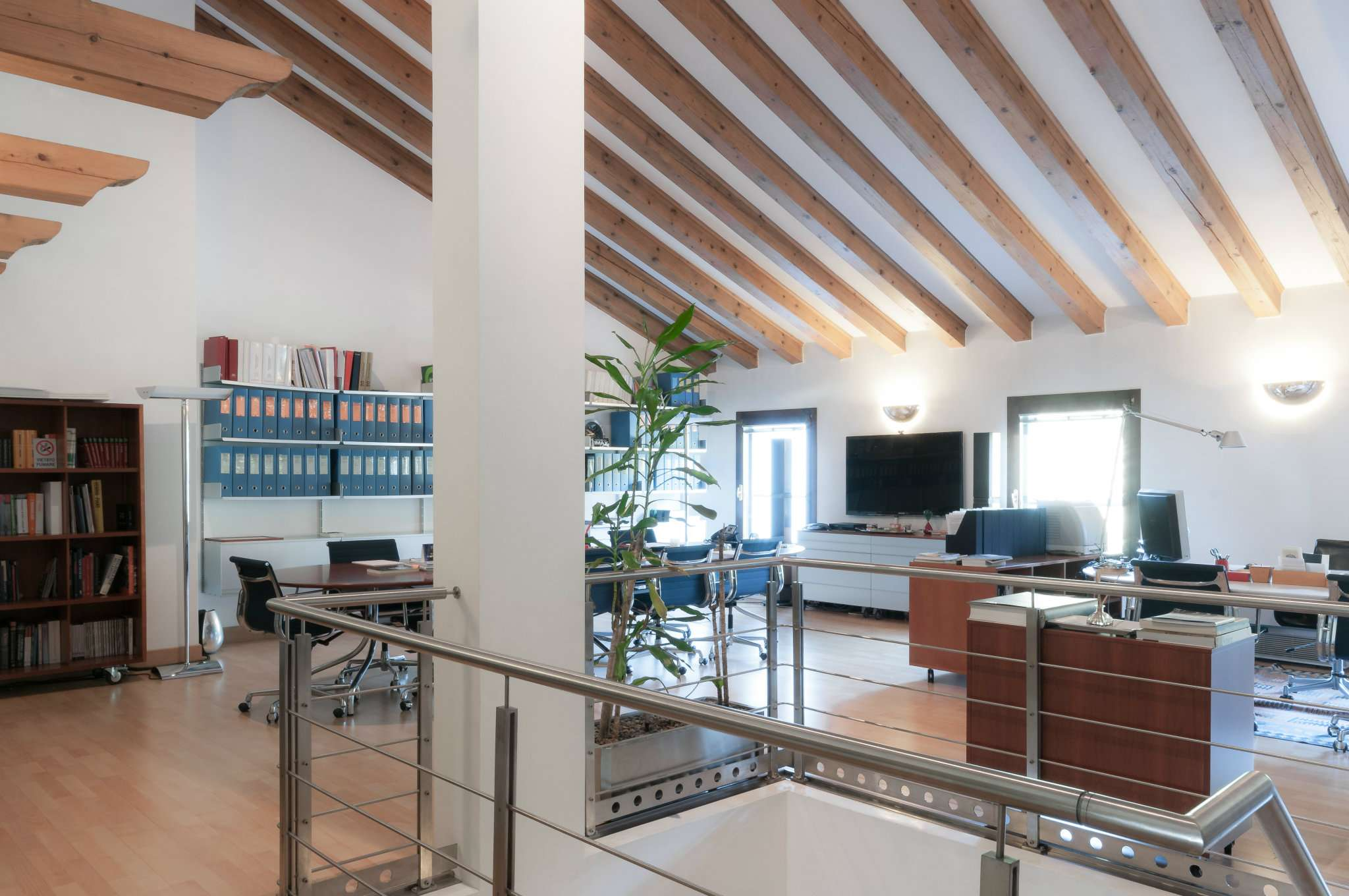 Ufficio / Studio in affitto a Venezia, 9999 locali, zona Zona: 11 . Mestre, prezzo € 1.500 | CambioCasa.it