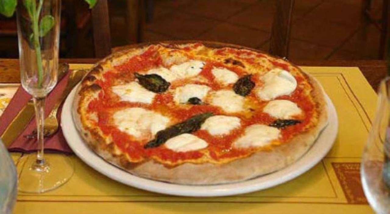 Ristorante / Pizzeria / Trattoria in vendita a Dolo, 2 locali, prezzo € 150.000 | Cambio Casa.it