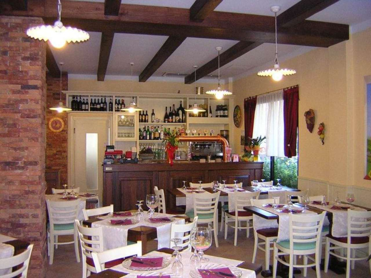 Ristorante / Pizzeria / Trattoria in vendita a Stra, 4 locali, Trattative riservate | Cambio Casa.it
