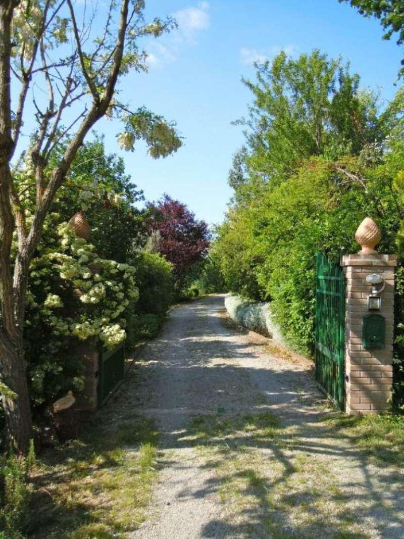 Rustico / Casale in vendita a Piegaro, 12 locali, prezzo € 760.000 | Cambio Casa.it