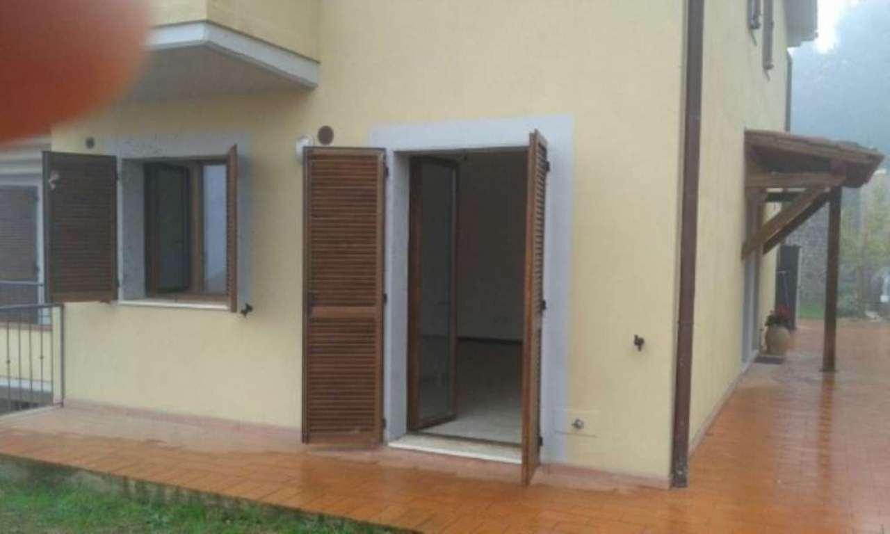 Appartamento in vendita a Castiglione d'Orcia, 5 locali, prezzo € 150.000 | Cambio Casa.it