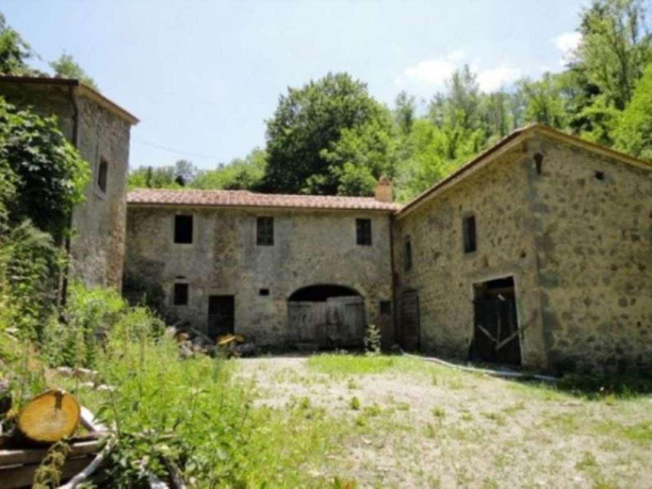 Rustico / Casale in vendita a Castiglione d'Orcia, 6 locali, prezzo € 299.000 | Cambio Casa.it