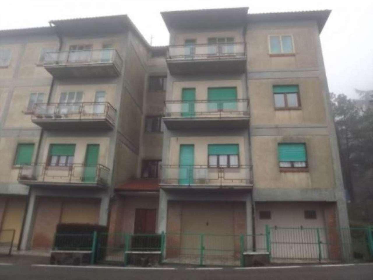 Appartamento in vendita a Radicofani, 5 locali, prezzo € 99.000 | Cambio Casa.it