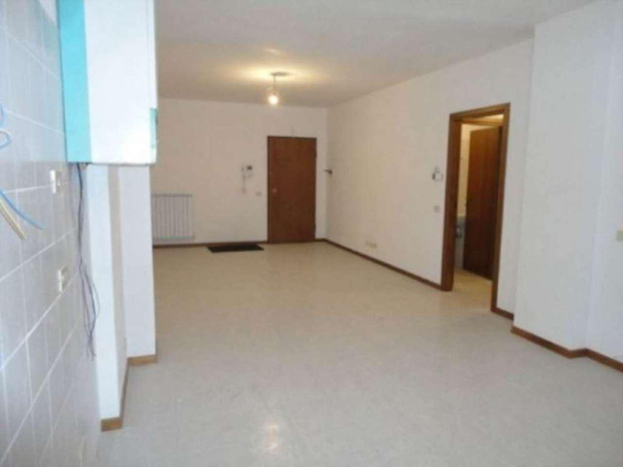 Appartamento in vendita a Chianciano Terme, 5 locali, prezzo € 180.000 | Cambio Casa.it