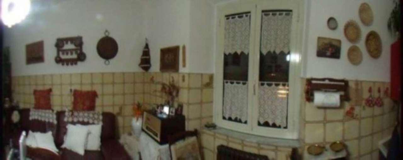 Appartamento in vendita a San Quirico d'Orcia, 6 locali, prezzo € 190.000 | Cambio Casa.it