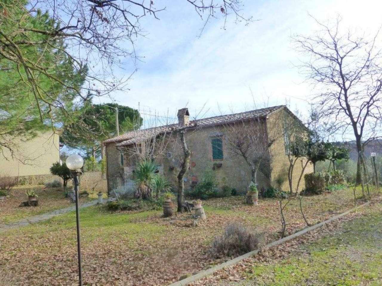 Rustico / Casale in vendita a Pienza, 7 locali, prezzo € 350.000   Cambio Casa.it