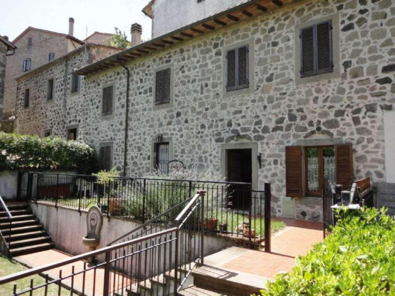 Appartamento in vendita a Castiglione d'Orcia, 3 locali, prezzo € 85.000 | Cambio Casa.it