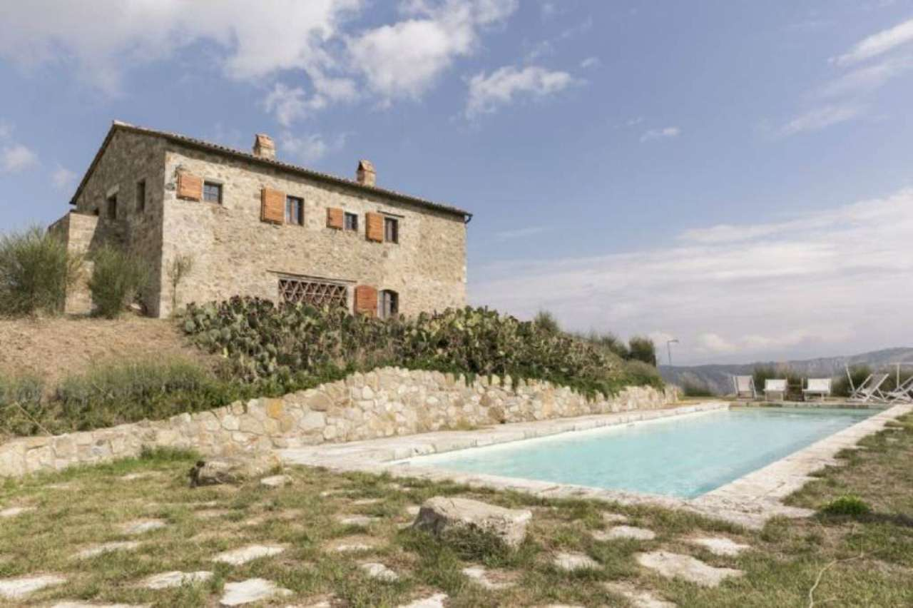Rustico / Casale in vendita a Castiglione d'Orcia, 6 locali, prezzo € 1.790.000   Cambio Casa.it