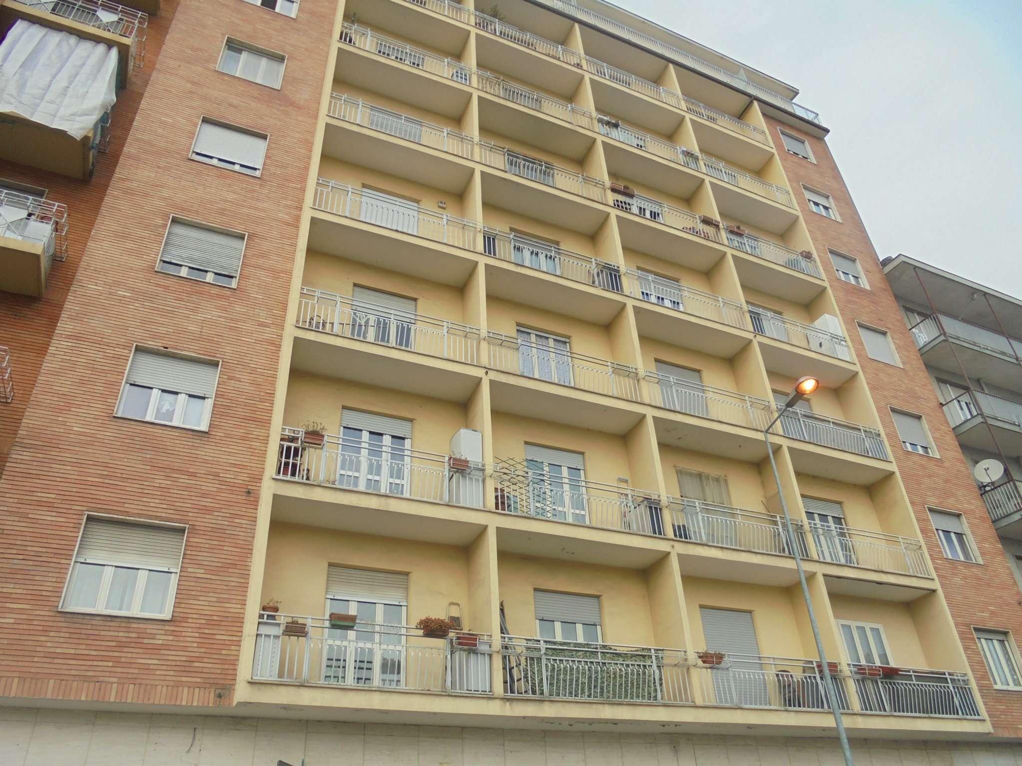 Appartamento in vendita via Sestriere Moncalieri