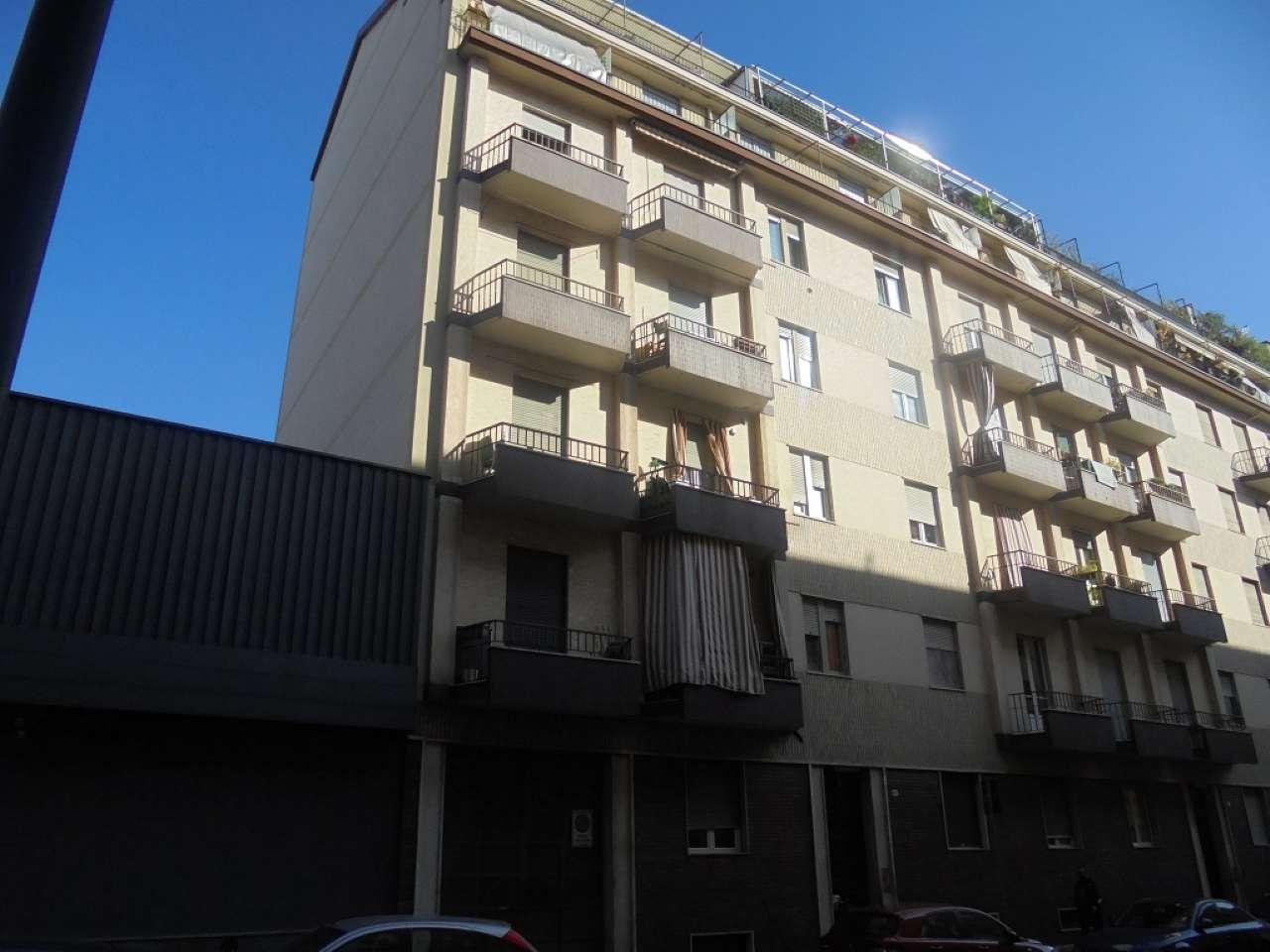 Immagine immobiliare Lingotto Via Nizza interno, a mt. 200 dalla nuova Stazione Metropolitana Bengasi, in posizione comoda ai servizi luminoso e silenzioso. Ottimo stabile totalmente rivisto nelle parti comuni (tetto e facciate), quarto piano con ascensore...