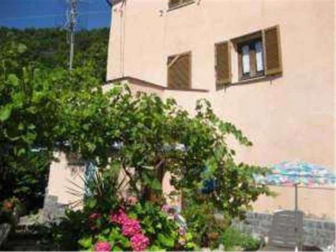 Savona bergeggi in vendita waa2 for Casa di 700 metri quadrati in vendita