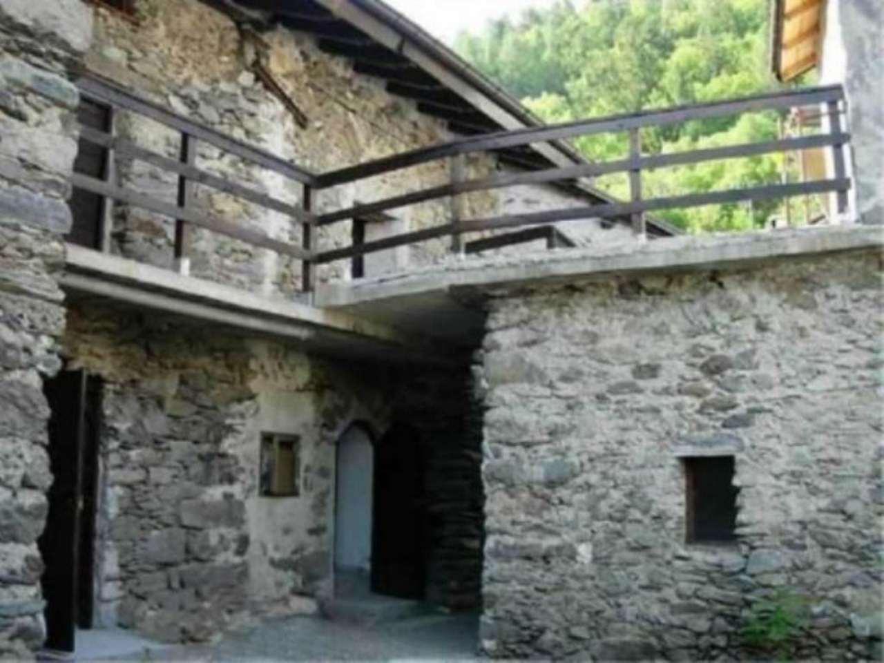 Palazzo / Stabile in vendita a Piateda, 5 locali, prezzo € 120.000 | Cambio Casa.it