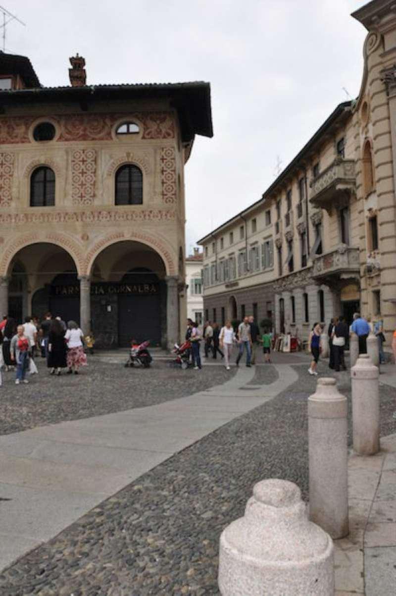 Attico / Mansarda in vendita a Vigevano, 10 locali, prezzo € 550.000 | CambioCasa.it