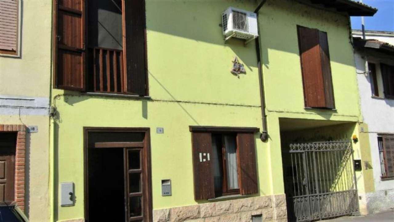 Soluzione Indipendente in vendita a Tromello, 6 locali, prezzo € 110.000 | Cambio Casa.it