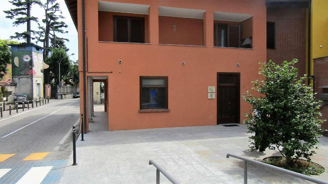Ufficio / Studio in vendita a Gravellona Lomellina, 4 locali, prezzo € 105.000 | CambioCasa.it