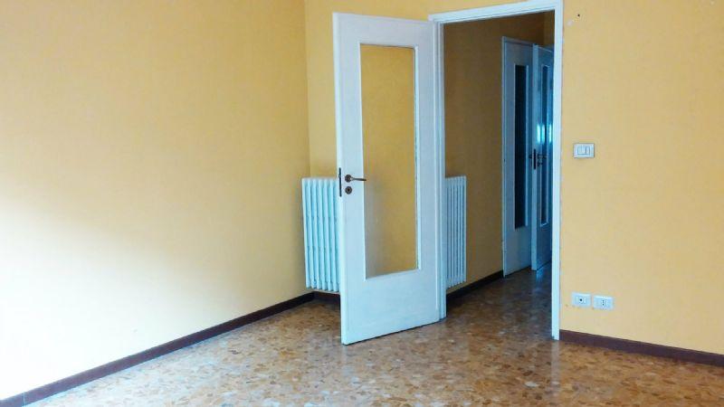 Bilocale Torino Corso Telesio 5