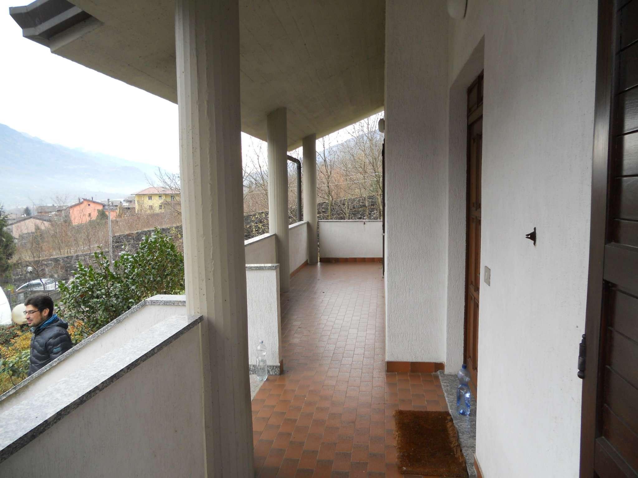 Villa in vendita a Colorina, 10 locali, prezzo € 325.000 | CambioCasa.it