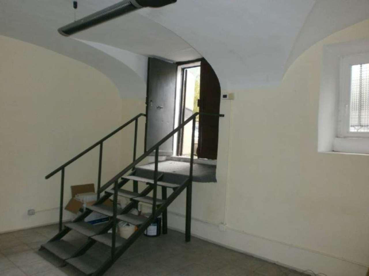 Magazzino in affitto a Roma, 9999 locali, zona Zona: 14 . San Giovanni, Re di Roma, P.ta Metronia, prezzo € 800 | Cambio Casa.it
