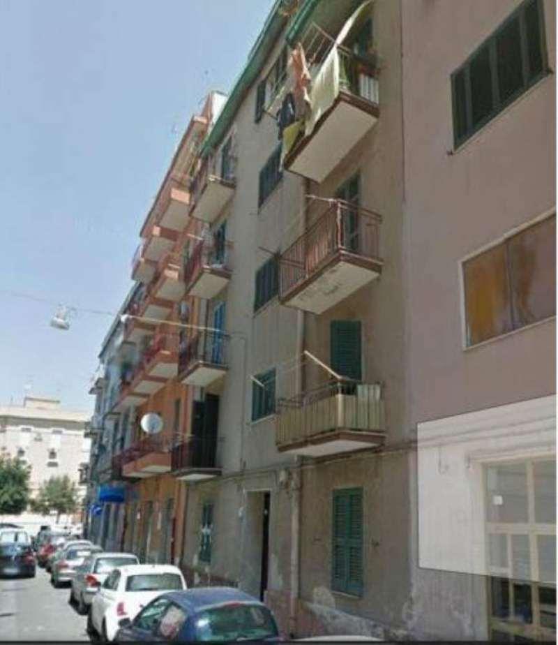 Appartamento in vendita a Taranto, 3 locali, prezzo € 51.000 | Cambio Casa.it