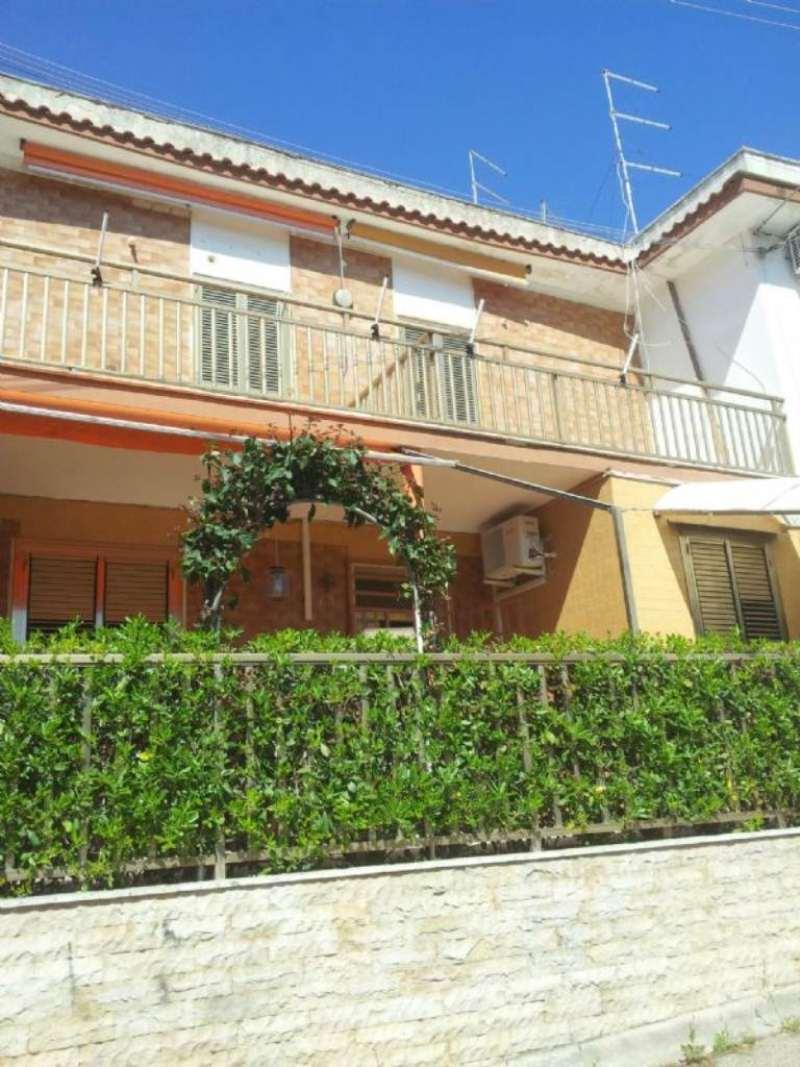 Villa in affitto a Leporano, 4 locali, prezzo € 500 | Cambio Casa.it