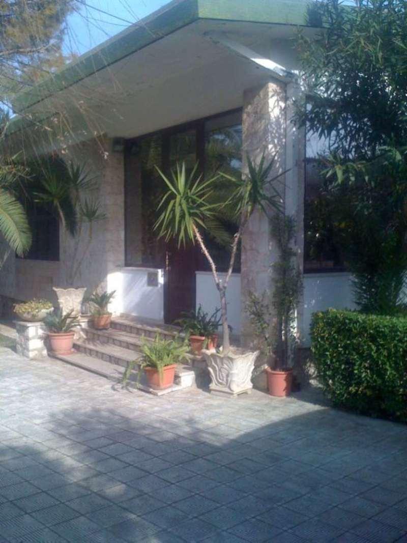 Villa in affitto a Taranto, 9999 locali, prezzo € 180 | Cambio Casa.it