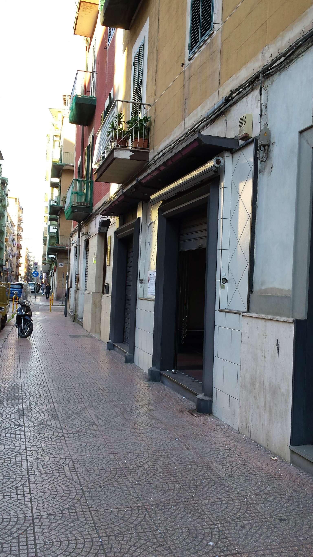 Negozio / Locale in affitto a Taranto, 9999 locali, prezzo € 800 | Cambio Casa.it
