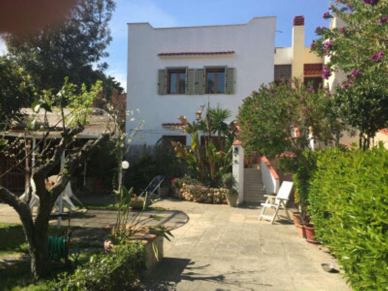 Villa Bifamiliare in affitto a Pulsano, 3 locali, prezzo € 450 | CambioCasa.it