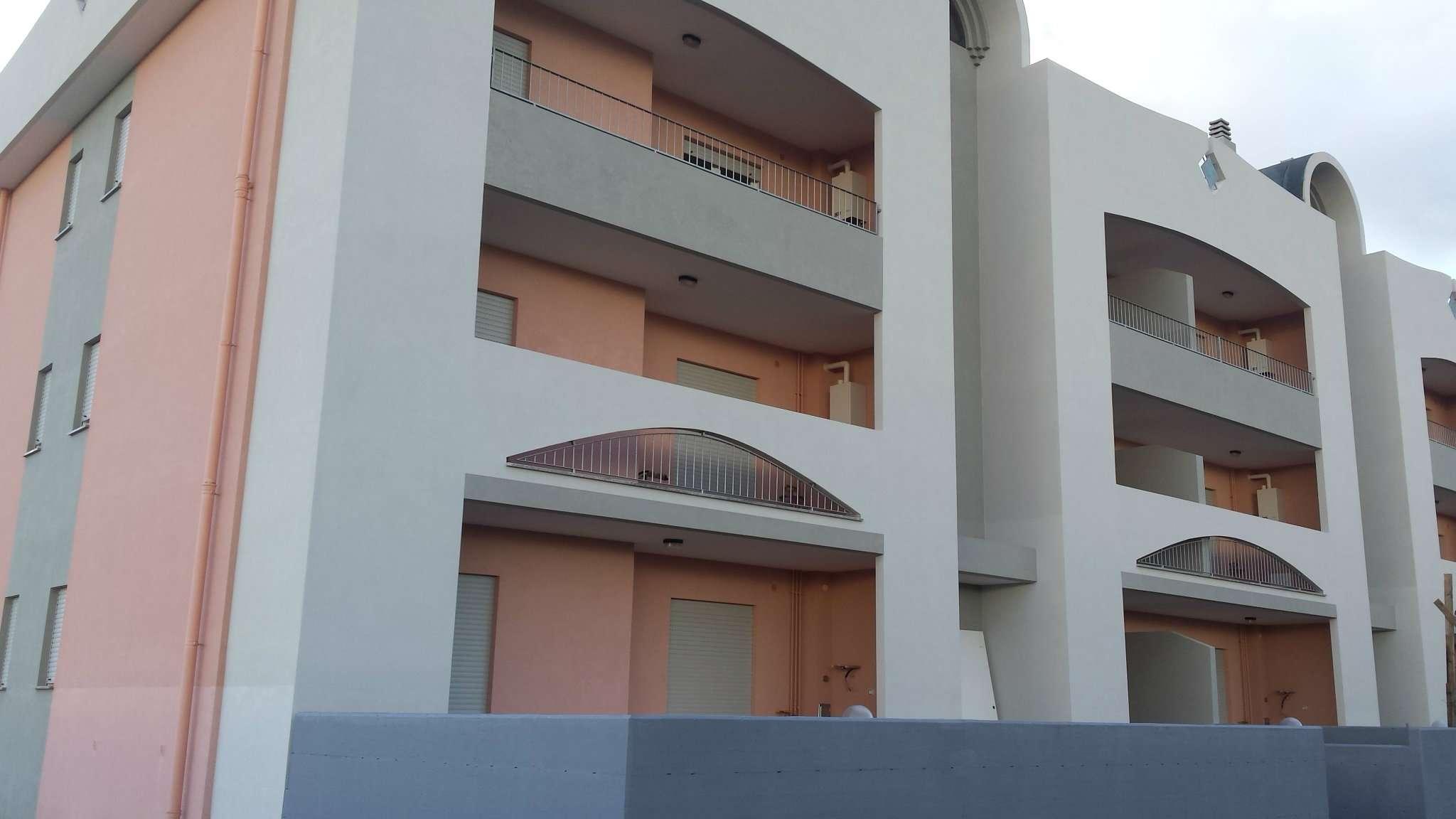 Appartamento in affitto a Pulsano, 2 locali, prezzo € 350 | CambioCasa.it
